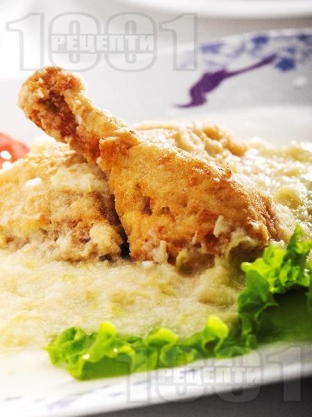 Панирано пиле със сос от круши и целина - снимка на рецептата